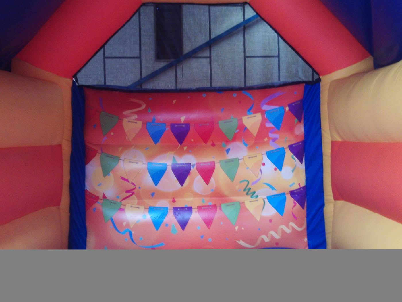15x11-deluxe-printed-bouncy-castle-bw