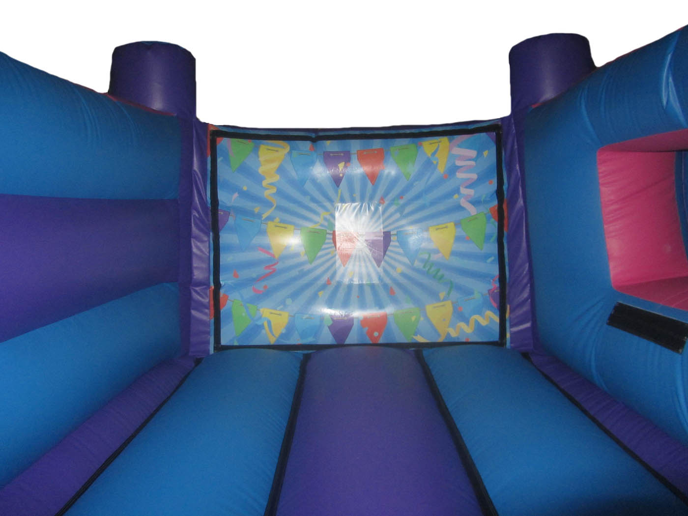 17x15-4post-combi-childrens-bouncy-castle-bw-compressor